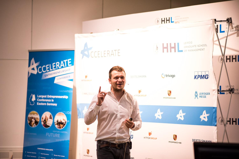 Accelerate HHL 2019
